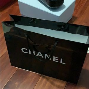 CHANEL Bags - CHANEL paper shopping bag